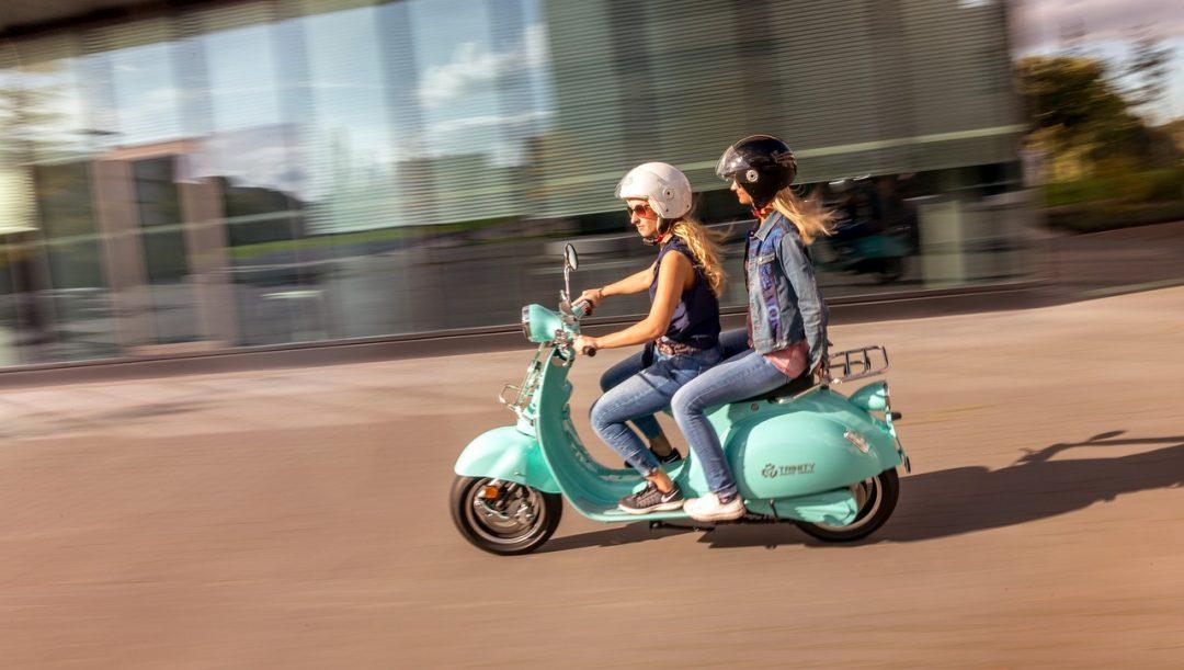 Scooter omologato per due