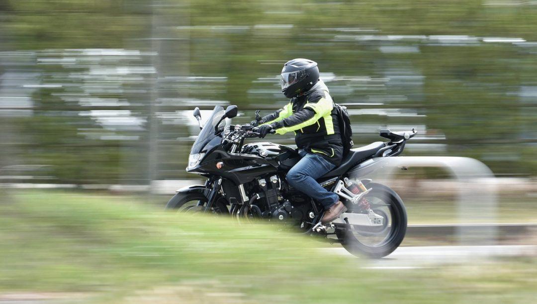 Guidare la moto di un altro