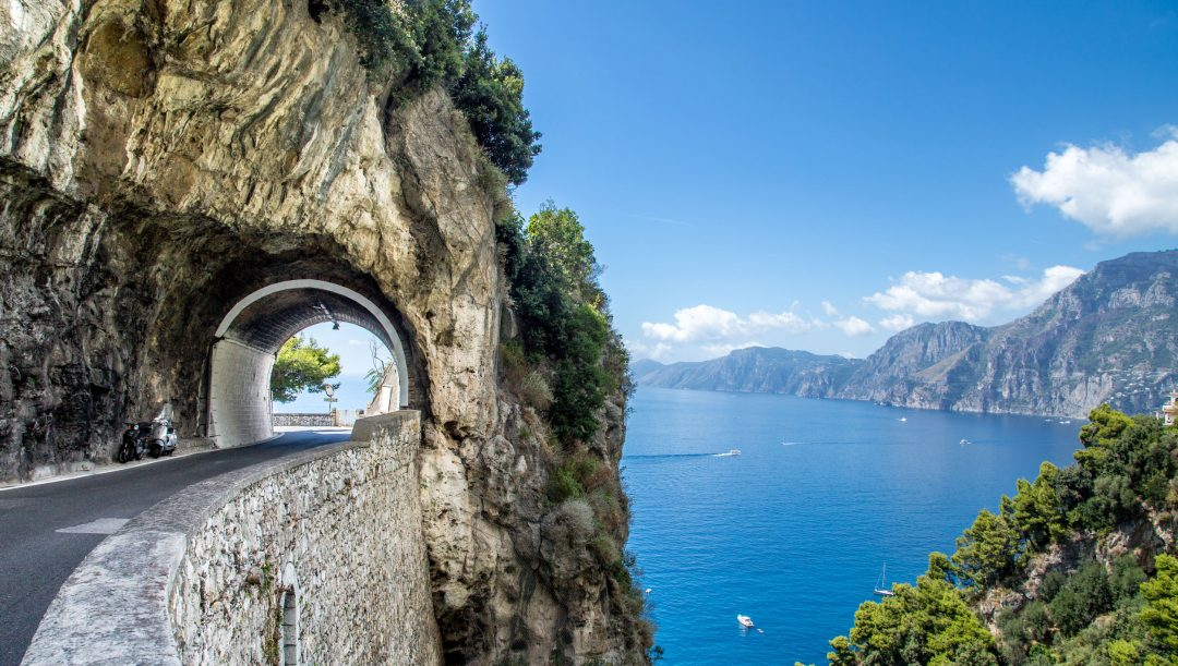 Costa Amalfitana in moto