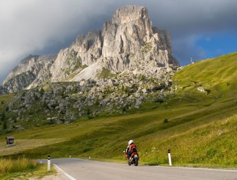 Passo Giau in moto