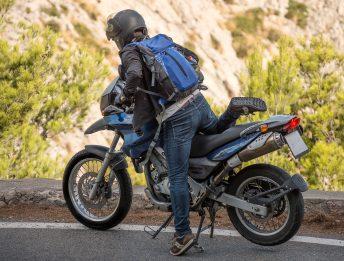Viaggi sicuri in moto